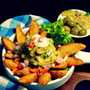 Guacamole With Potato Wedges