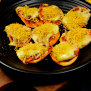Italian Papri Pizza Chaat | Papri Pizza Recipe