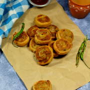 Samosa Pinwheel ( Fried Samosa Slices)